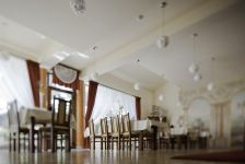 http://hotelprzyrondzie.pl/img/2_2_d8fb5_big.jpg