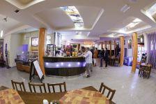 http://hotelprzyrondzie.pl/img/3_2_b349c_big.jpg