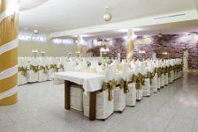 http://hotelprzyrondzie.pl/img/4_2_5cfff_big.jpg