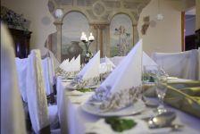 http://hotelprzyrondzie.pl/img/4_2_5d170_big.jpg